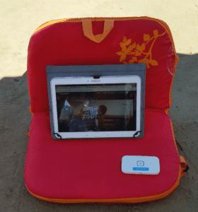 En la playa con mi silla viajera, mi tablet y conexión WiFi
