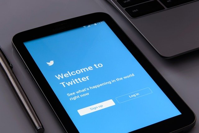 Aprende a programar tuits en Twitter de manera nativa